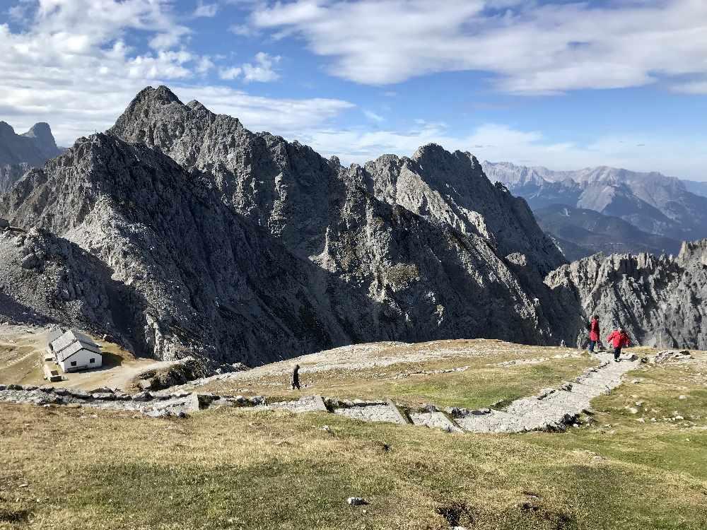 Karwendel Hafelekar - von Norden anspruchsvoll, von Süden ab Innsbruck mit der Bahn