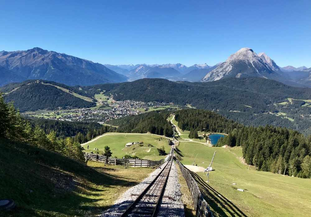 Mit der Rosshütte - Bergbahn hast du den schönsten Blick auf Seefeld