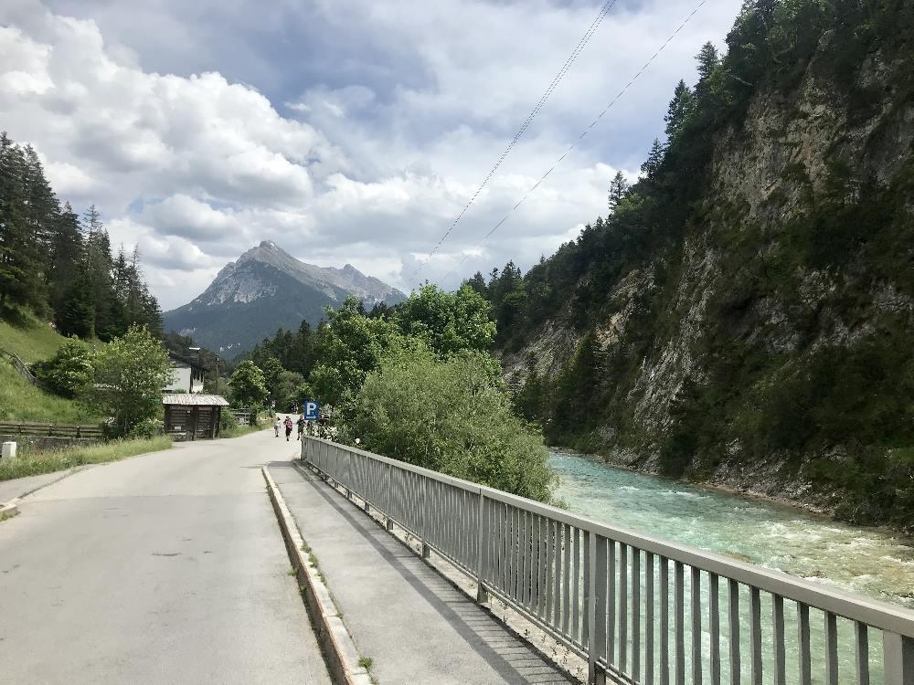 Von Scharnitz zum Isarursprung mit dem Fahrrad fahren
