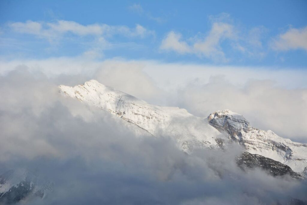 Scharnitz Winter - hohe Berge mit Schnee