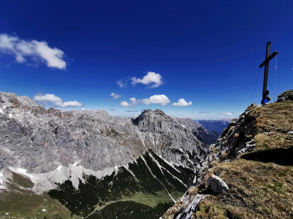 Nahe Scharnitz wandern - das Wettersteingebirge